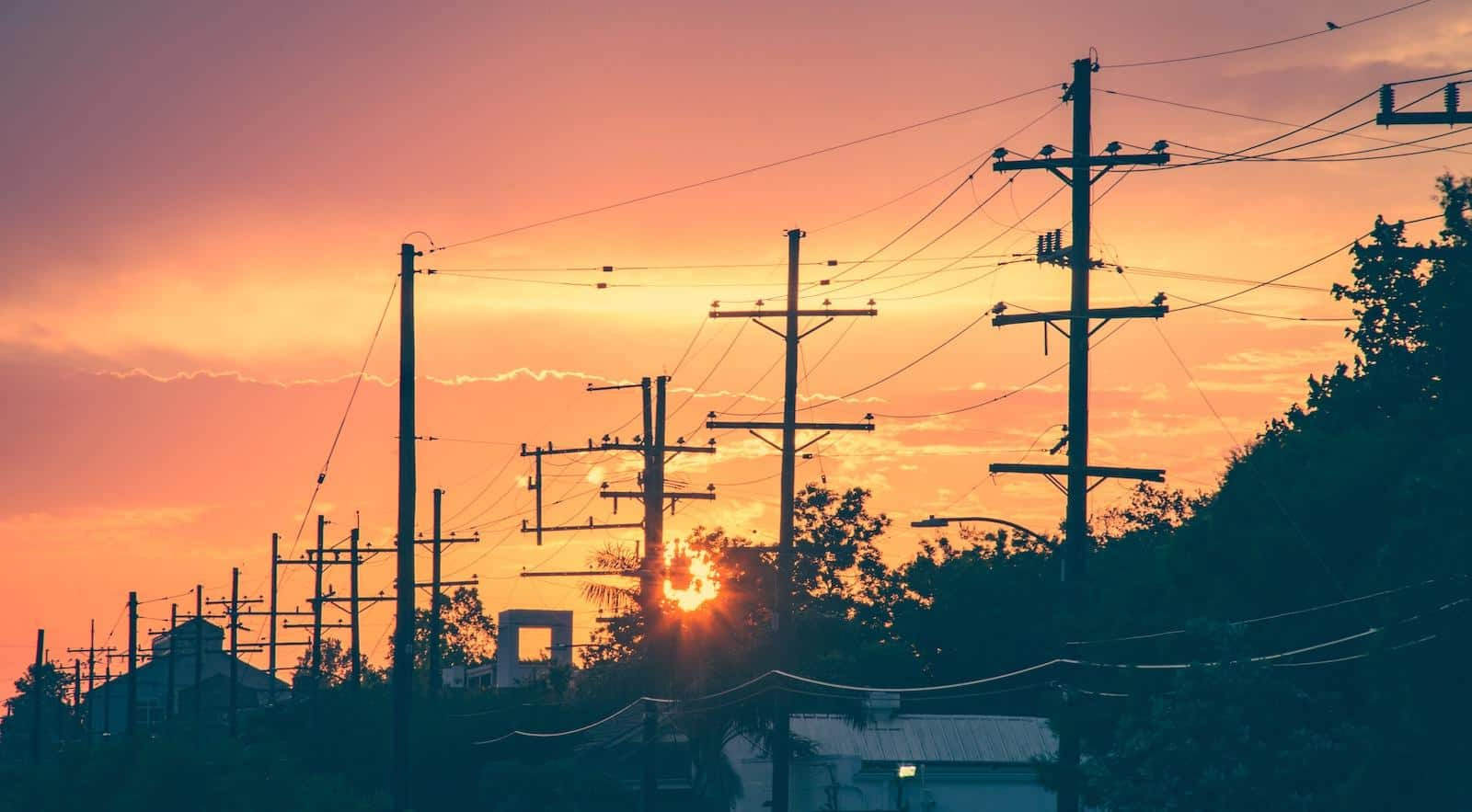 EMF Radiation From Power Lines - What You Need To Know